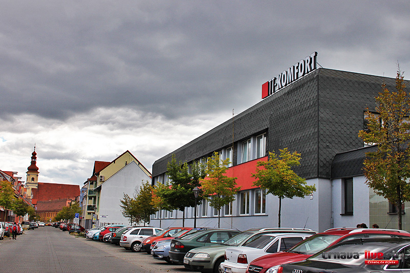 Tt komfort otvor nov z kazn cke centrum na franti k nskej ulici trnava - Lumen centrum ...