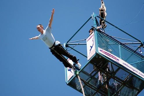 bungee jumping na n mest v trnave iadny probl m u v. Black Bedroom Furniture Sets. Home Design Ideas