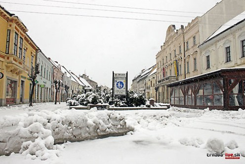 pesia-tt-sneh