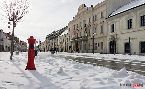 trnava-radnica-zima