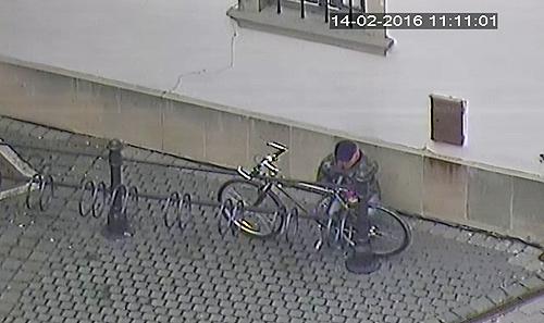 zlodej-bicykel-1