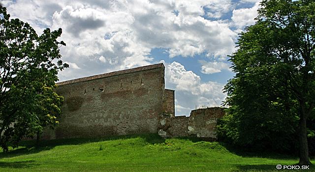 hradby-zelen