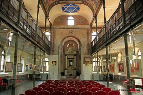mala-synagoga-int